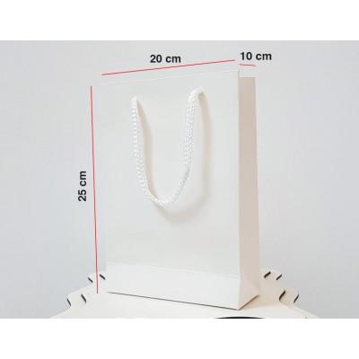 Beyaz Karton Çanta 25 ADET 20*25*10 cm 1.Sınıf El Yapımı Yerli Üretim